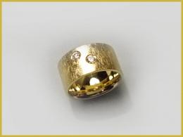 585 Gelbgold, Brillanten